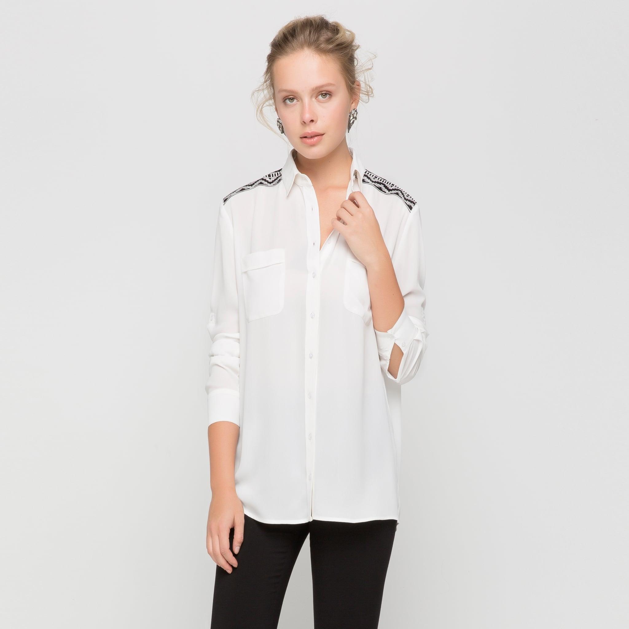 nakış detaylı gömlek modeli