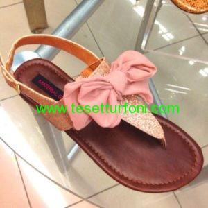 finyonk detaylı sandalet modeli